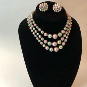 Vintage faux pearl necklace and clip-on earrings.
